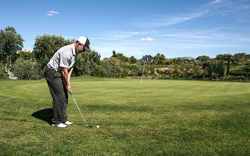 juego en el campo de golf